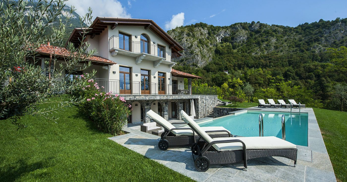 lake como holiday villa